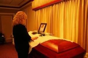 Cindy Zarzycki's coffin with childhood friend, Cindy